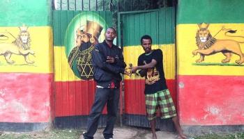 Kingstonas karaļi un krāsainais regejs