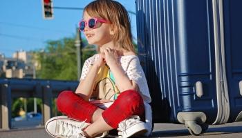 Один за границей: правила путешествия детей без родителей