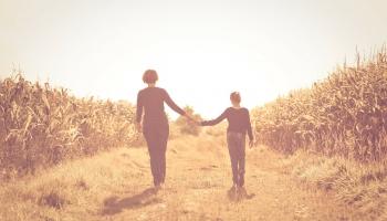Vecāku padomi: attieksme mainās, bērniem pašiem kļūstot par vecākiem