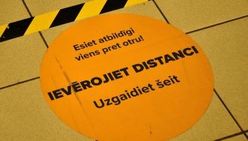 Infektoloģe: Stingrie ierobežojumi palīdz izvairīties no situācijas, kāda bija Itālijā