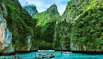 Draudzeņu ceļojums Āzijas džungļos