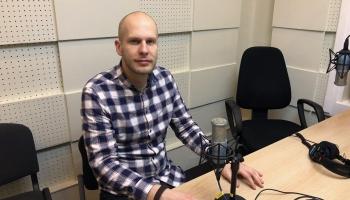 Par Maestro, Antoņenko un Latvijas Radio bigbenda koncertu Dzintaros stāsta Kārlis Vanags