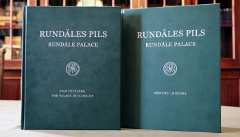 Rundāles pilī iepazīstam jaunāko izstādi un grāmatu par pils ansambļa restaurāciju