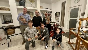 Holivuda, okstiņš un leijerkaste Grīnbergu ģimenē
