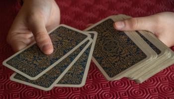 Azartspēļu atkarība. Pieredzes stāsti un ieteikumi palīdzības meklējumiem
