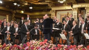 """""""Vīnes filharmoniķi"""" un diriģents Andris Nelsons 2020. gada Jaungada koncertā Vīnē"""