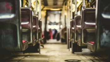 Rīgā un Pierīgā sabiedriskajā transportā vēlas ieviest vienotu tarifu politiku un biļeti