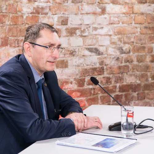 Satiksmes ministrs vērtē situāciju saistībā ar ASV sankcijām pret Lembergu