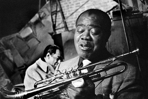 Vai zini, ka viens no Latvijas džeza pionieriem sarakstījies ar leģendāro Armstrongu?