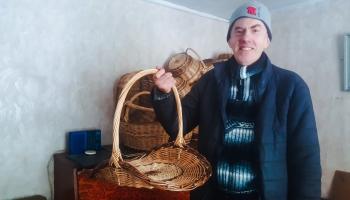 Klūgu pinējs Osvalds Skromāns: 100 nopīti grozi 10 dienās