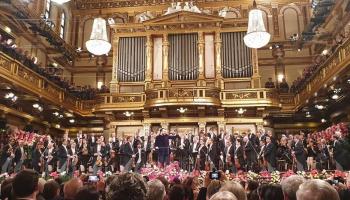 Andris Nelsons un Vīnes filharmoniķi Jaungada koncertā Vīnes Mūzikas biedrības Zelta zālē