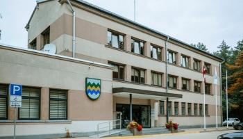 VK apsūdz Garkalnes novada vadību izšķērdībā; pašvaldība revīziju sauc par tendenciozu