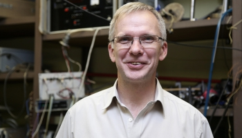 Андрис Анспокс: в Латвии очень хорошая наука, но знают о ней мало