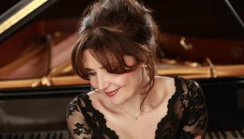 Rīgā labdarības koncertu sniegs UNESCO Miera māksliniece Eliso Bolkvadze