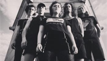 "Jaunās ""postpunk/gothic/deathrock"" grupas no ASV"