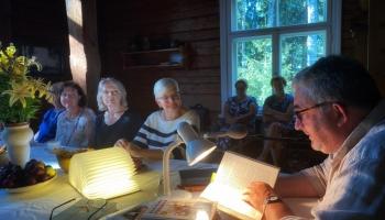 """Radio mazā lasītava ceļo. Tiekamies ar lasītājiem Kārļa Skalbes """"Saulrietos"""""""