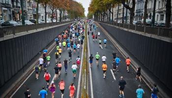 Sociālo tīklu dīvainības un maratona sajūtas