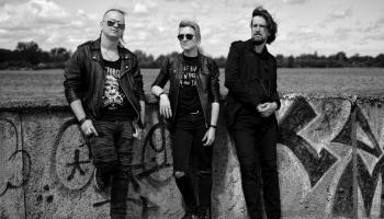 Рижская группа TLM: С первым альбомом нам помог вирус