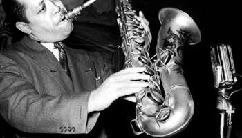 Amerikāņu saksofonists Lesters Jangs