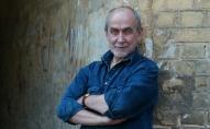Komponistam Imantam Kalniņam jauna 50 dziesmu grāmata un CD