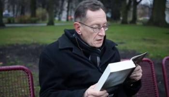 """Jānis Rokpelnis ar dzejoli """"Kad viss ir pie kājas..."""""""