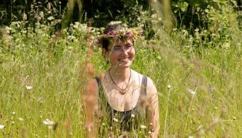 Rūta Abaja: recepšu grāmata PĻAVA parādīs dabisko pļavu vēl neredzētā skatījumā