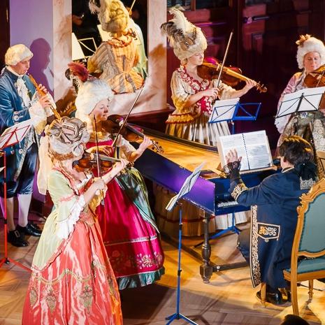 Senās mūzikas trieciendeva Rīgas svētkos - Vēsturiskās mūzikas un dejas festivāla koncerti