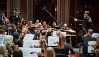Johannesa Brāmsa Trešo simfoniju Famažorā atskaņo LNSO un Andris Poga (2016)