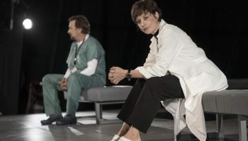 """Dailes teātris 101. sezonu sāk ar iestudējumu """"Ārsts"""". Galvenajā lomā Vita Vārpiņa"""