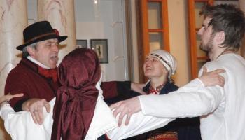 """Veļu laika dziesmas dzied dzied folkloras draugu kopa """"Skandinieki"""" un grupa """"DER"""""""