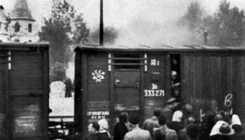 """Otrais pasaules karš. 1944.gads. Operācija """"Bagrations""""; mazo tautu deportācijas"""