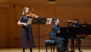 Par muzikālajām aktualitātēm Tallinā stāsta Anete Ašmane
