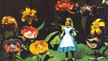 """4. jūlijs. Iznāk Lūisa Kerola grāmata """"Alise Brīnumzemē"""""""