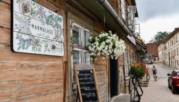 Kā vasaras sezonai gatavojas Liepājas, Kuldīgas un Ventspils kafejnīcas un restorāni