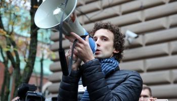 Ārsts Kārlis Rācenis saistībā ar mediķu protestiem kļuvis par tādu kā mediju zvaigzni