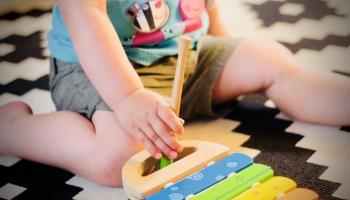 Pandēmija ietekmē nodarbības bērnudārzā. Iespējas muzicēt un sportot