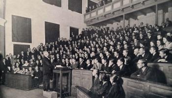 100 gadu ozolzaru pavēnī.  Kā radās Latvijas Universitāte?