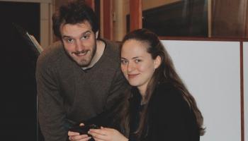 Anna Gāgane un Lūkass Loss: Mūs vieno mīlestība pret Brāmsa mūziku un Šveices dabu