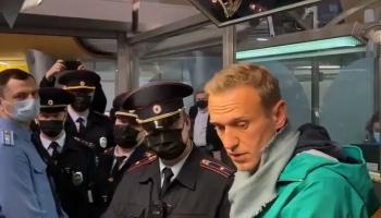 """""""Победное"""" возвращение Навального и другие зарубежные темы недели"""