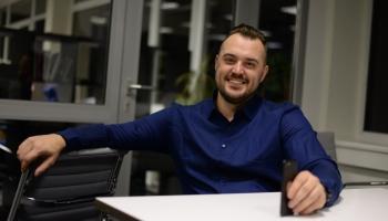 """Jaunuzņēmuma """"Apply"""" vadītājs Agnis Jakubovičs: Neveiksmes mums ļāvušas mācīties"""