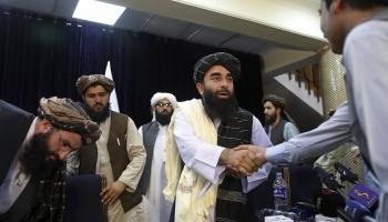"""""""Taliban"""" atgriešanās pie varas Afganistānā"""