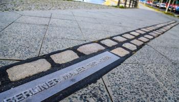 Divas Berlīnes. Mūris: 1961–1989. Viena mūzika