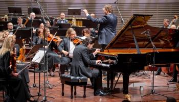 """Andrejs Osokins, Liepājas Simfoniskais orķestris un Guntis Kuzma """"Lielajā dzintarā"""""""