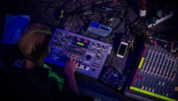 """Nometnē """"Baltic Trail"""" tiksies Baltijas valstu elektroniskās mūzikas izpildītāji"""