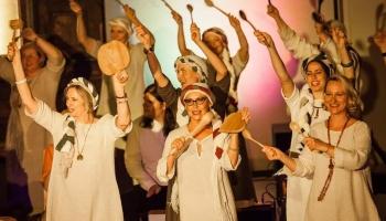 """Gaidot Vasaras saulgriežus, iepazināmies ar Liepājas folkloras ansambli """"Stiprās sievas"""""""