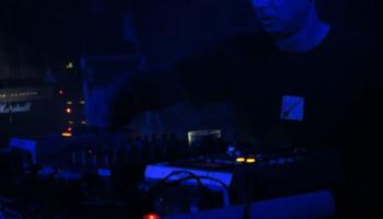 Reno Krauklis jeb Knābis un jaunā industriālās mūzikas izlase STURM 25