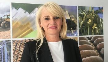 "Latgolys ""viestneica"" Iveta Maļina-Tabūne nasabeist lelu projektu"