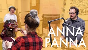 """Anna Panna un spēle """"Aklie eklēri"""""""