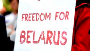 Baltkrievijā turpinās protesti. Navaļnijs saindēts. Jauni laiki Melnkalnē