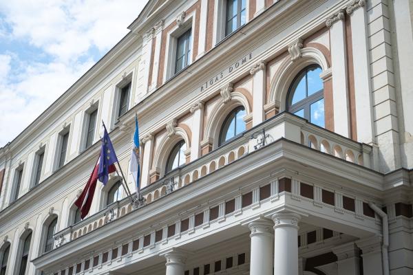 """Aktualitātes: Vēl vienas vēlēšanas Rīgā nebūs: """"Saskaņai"""" pārmaiņas nenāk viegli"""